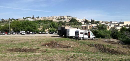 parking a Fez
