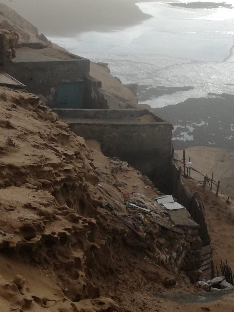 falaises d' Aglou et maisons troglodytes